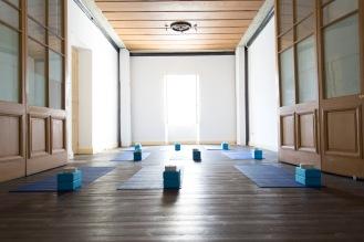 yoga-studio-asana